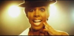 Video: Kelly Rowland - Dumb (feat. Trevor Jackson)